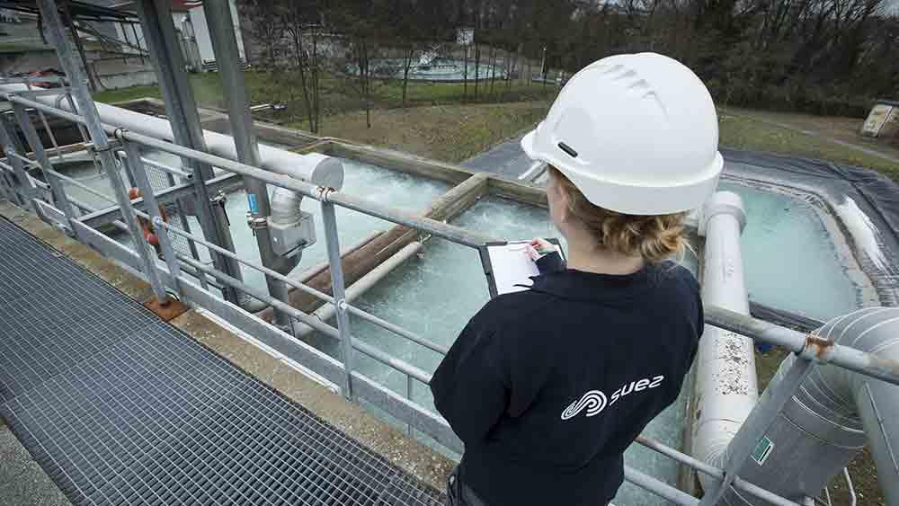 clarificateur d'une usine de traitement des eaux industrielles