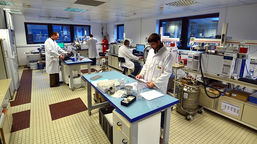 New pollutants laboratory-SUEZ