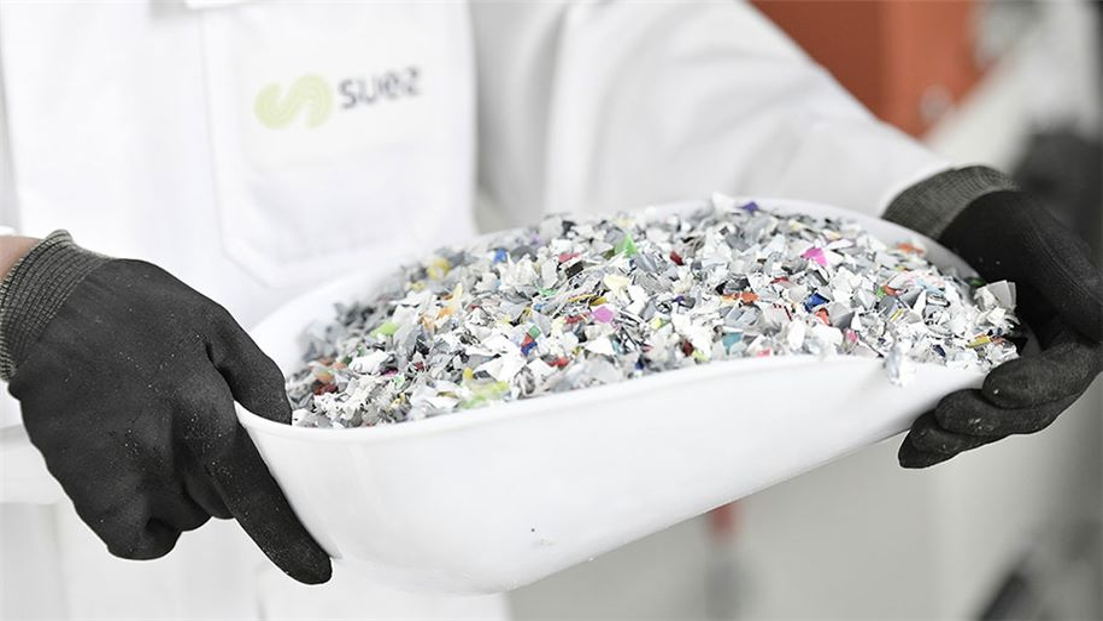 Laboratoire SUEZ Plast'lab-plastique recyclé